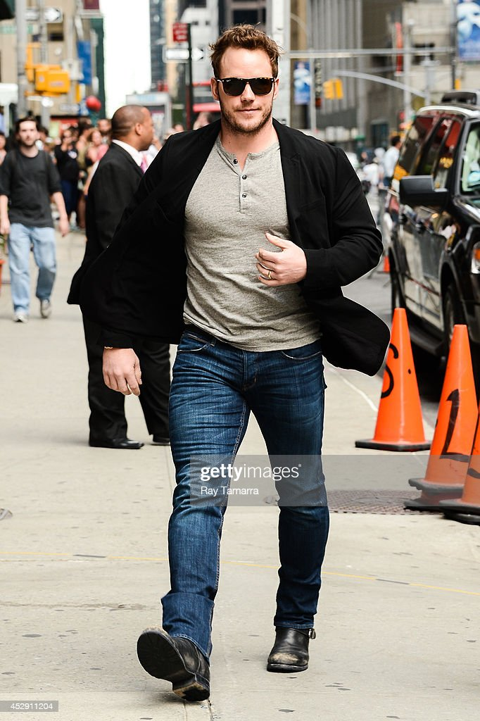 Actor <a gi-track='captionPersonalityLinkClicked' href=/galleries/search?phrase=Chris+Pratt+-+Actor&family=editorial&specificpeople=239084 ng-click='$event.stopPropagation()'>Chris Pratt</a> enters the 'Late Show With David Letterman' taping at the Ed Sullivan Theater on July 29, 2014 in New York City.