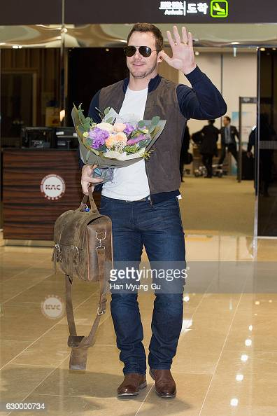 Actor Chris Pratt is seen upon arrival at Gimpo International Airport on December 16 2016 in Seoul South Korea
