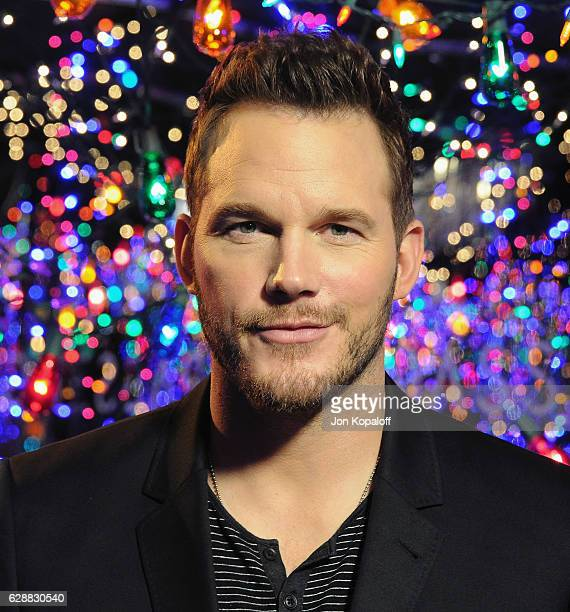 Actor Chris Pratt poses at the photo call for Columbia Pictures' 'Passengers' at the Four Seasons Hotel Los Angeles at Beverly Hills on December 9...