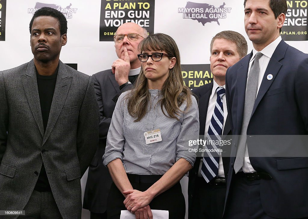 Actor Chris Rock, Rev. Thomthy Boggs, actor Amanda Peet, former ATF Agent David Chipman and Mayors Against Illegal Guns Director mark Glaze participate a press conference hosted by MAIG and the Law Center to Prevent Gun Violence at the U.S. Capitol February 6, 2013 in Washington, DC. The artists, activists and politicians called for manditory background check on all gun purchases among other restrictions.