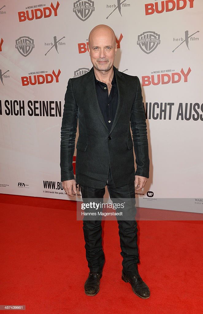 Actor <a gi-track='captionPersonalityLinkClicked' href=/galleries/search?phrase=Christian+Berkel&family=editorial&specificpeople=235949 ng-click='$event.stopPropagation()'>Christian Berkel</a> attends 'Buddy' Premiere at Mathaeser Filmpalast on December 17, 2013 in Munich, Germany.