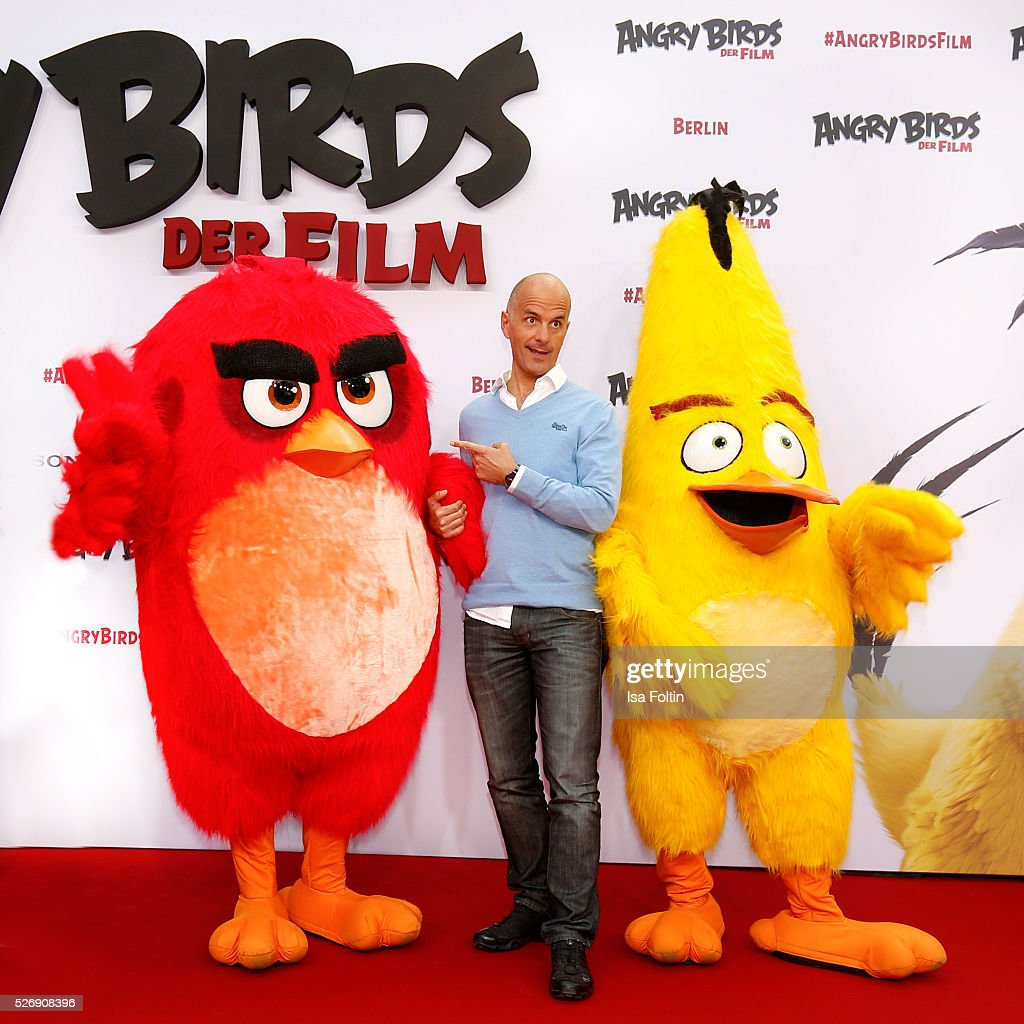 Actor <a gi-track='captionPersonalityLinkClicked' href=/galleries/search?phrase=Christoph+Maria+Herbst&family=editorial&specificpeople=710835 ng-click='$event.stopPropagation()'>Christoph Maria Herbst</a> attends the Berlin premiere of the film 'Angry Birds - Der Film' at CineStar on May 1, 2016 in Berlin, Germany.