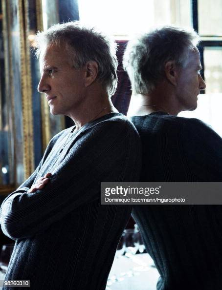 Actor Christopher Lambert at a portrait session for Madame Figaro Magazine in Paris in 2009 Shot at restaurant Le Grand Vefour PUBLISHED IMAGE CREDIT...