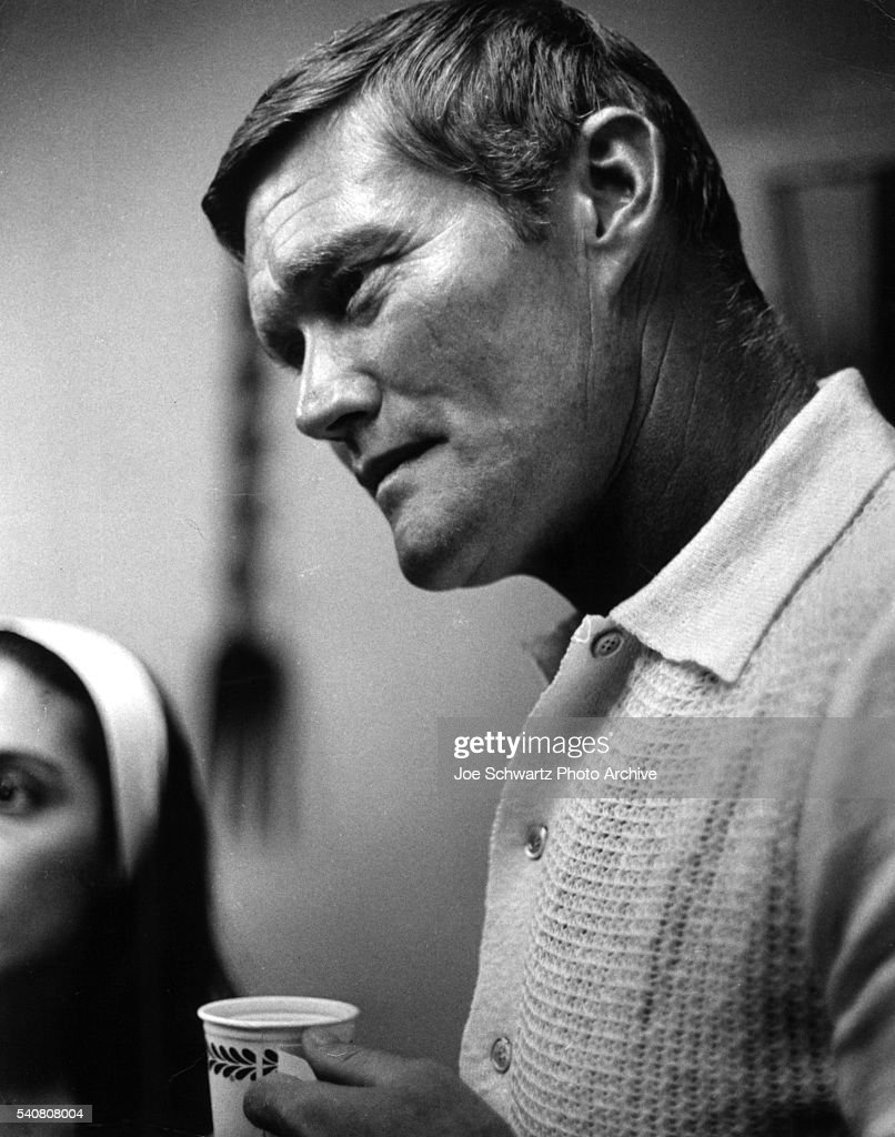 Actor <a gi-track='captionPersonalityLinkClicked' href=/galleries/search?phrase=Chuck+Connors&family=editorial&specificpeople=93230 ng-click='$event.stopPropagation()'>Chuck Connors</a> visits Synanon House, a substance abuse rehabilitation center in Santa Monica, California.
