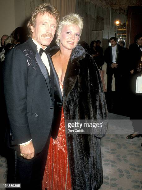 chuck norris and diane holechek relationship
