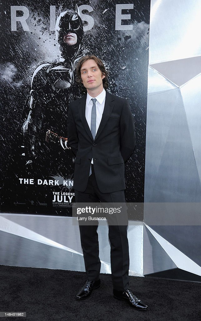 Actor <a gi-track='captionPersonalityLinkClicked' href=/galleries/search?phrase=Cillian+Murphy&family=editorial&specificpeople=224782 ng-click='$event.stopPropagation()'>Cillian Murphy</a> attends 'The Dark Knight Rises' premiere at AMC Lincoln Square Theater on July 16, 2012 in New York City.