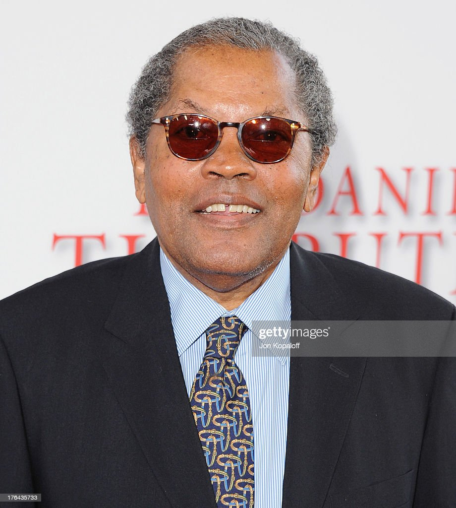Actor <a gi-track='captionPersonalityLinkClicked' href=/galleries/search?phrase=Clarence+Williams+III+-+Actor&family=editorial&specificpeople=896415 ng-click='$event.stopPropagation()'>Clarence Williams III</a> arrives at the Los Angeles Premiere 'Lee Daniels' The Butler' at Regal Cinemas L.A. Live on August 12, 2013 in Los Angeles, California.