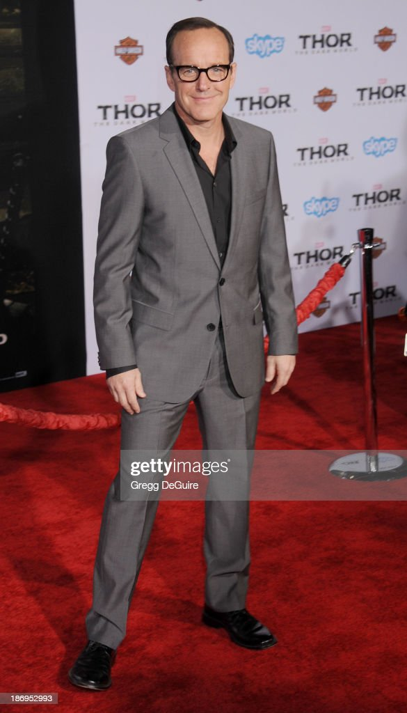 Actor <a gi-track='captionPersonalityLinkClicked' href=/galleries/search?phrase=Clark+Gregg&family=editorial&specificpeople=587275 ng-click='$event.stopPropagation()'>Clark Gregg</a> arrives at the Los Angeles premiere of 'Thor: The Dark World' at the El Capitan Theatre on November 4, 2013 in Hollywood, California.