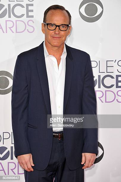 Actor Clark Gregg arrives at the People's Choice Awards 2016 at Microsoft Theater on January 6 2016 in Los Angeles California
