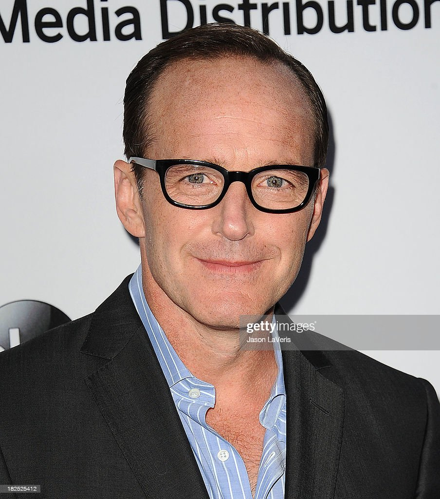 Actor <a gi-track='captionPersonalityLinkClicked' href=/galleries/search?phrase=Clark+Gregg&family=editorial&specificpeople=587275 ng-click='$event.stopPropagation()'>Clark Gregg</a> attends the Disney Media Networks International Upfronts at Walt Disney Studios on May 19, 2013 in Burbank, California.