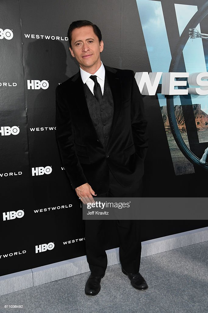 Actor Clifton Collins Jr. attends the premiere of HBO's 'Westworld' at TCL Chinese Theatre on September 28, 2016 in Hollywood, California.