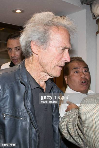 Actor Clint Eastwood leaves the 'Tetou' restaurant during the 70th annual Cannes Film Festival on May 19 2017 in Golfe Juan France