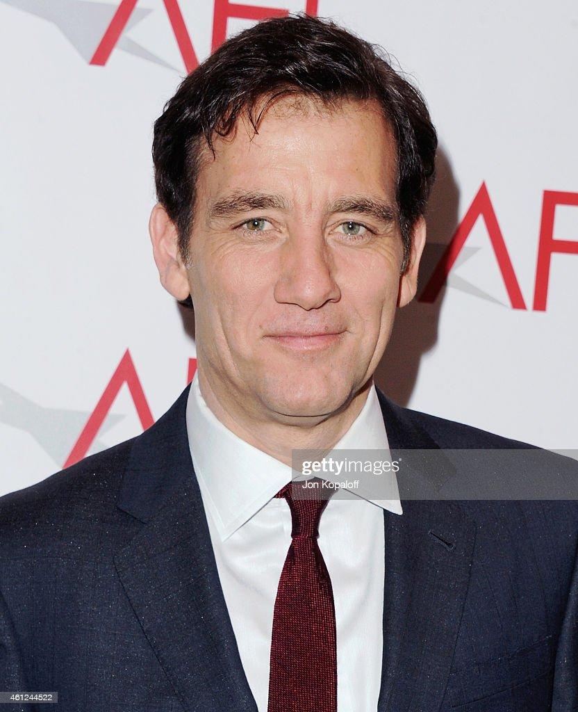 Actor <a gi-track='captionPersonalityLinkClicked' href=/galleries/search?phrase=Clive+Owen&family=editorial&specificpeople=201515 ng-click='$event.stopPropagation()'>Clive Owen</a> arrives at the 15th Annual AFI Awards at Four Seasons Hotel Los Angeles at Beverly Hills on January 9, 2015 in Beverly Hills, California.