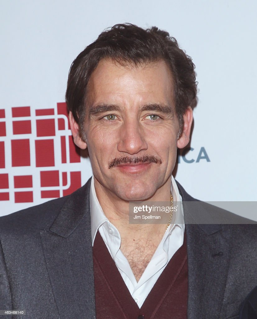 Actor Clive Owen attends the 2015 Writers Guild Awards New York Ceremony at The Edison Ballroom on February 14 2015 in New York City