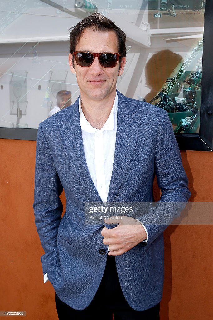 Actor <a gi-track='captionPersonalityLinkClicked' href=/galleries/search?phrase=Clive+Owen&family=editorial&specificpeople=201515 ng-click='$event.stopPropagation()'>Clive Owen</a> attends the Men Final of 2015 Roland Garros French Tennis Open - Day Fithteen, on June 7, 2015 in Paris, France.