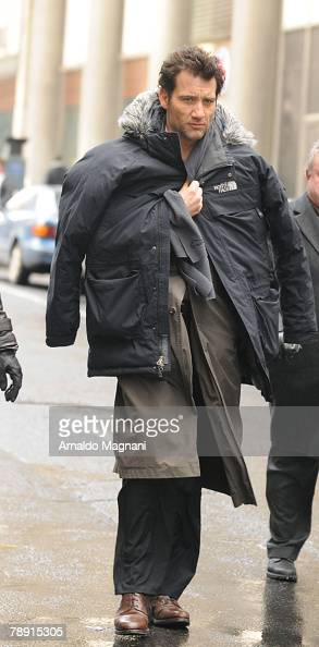 Actor Clive Owen walks on the film set of 'The International' January 12 2008 in New York City