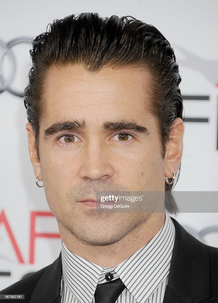 Actor <a gi-track='captionPersonalityLinkClicked' href=/galleries/search?phrase=Colin+Farrell&family=editorial&specificpeople=202154 ng-click='$event.stopPropagation()'>Colin Farrell</a> arrives at AFI FEST 2013 Opening Night Gala premiere of 'Saving Mr. Banks' at TCL Chinese Theatre on November 7, 2013 in Hollywood, California.