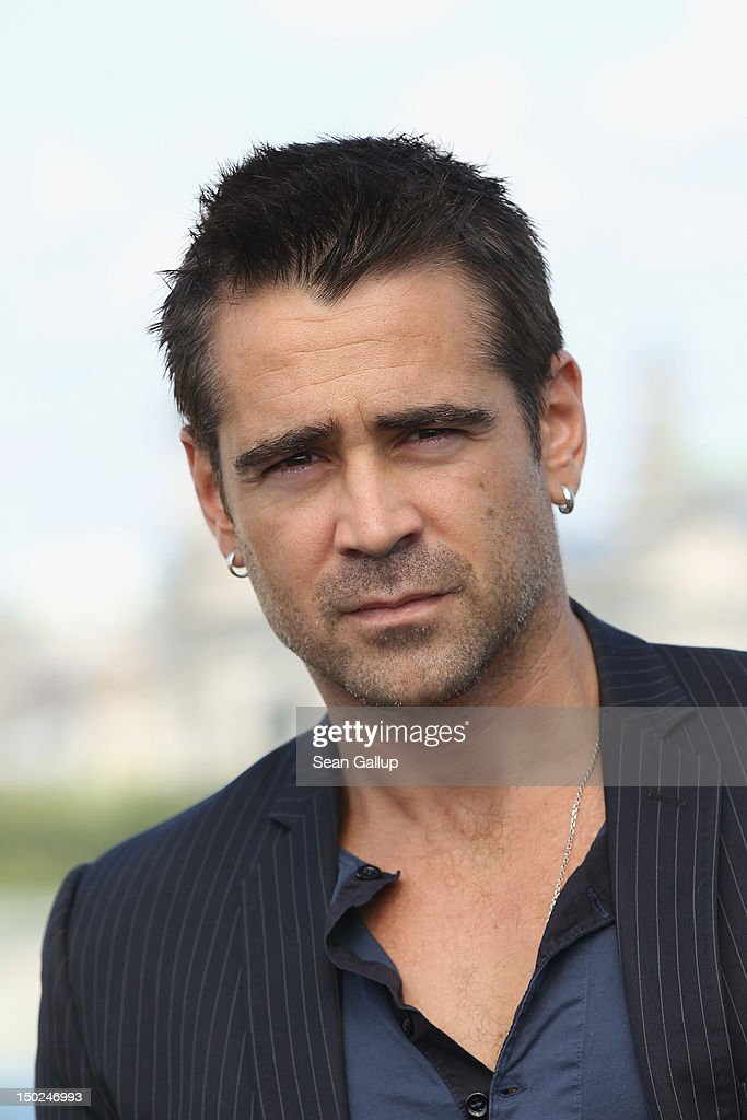 Actor <a gi-track='captionPersonalityLinkClicked' href=/galleries/search?phrase=Colin+Farrell&family=editorial&specificpeople=202154 ng-click='$event.stopPropagation()'>Colin Farrell</a> attends the Berlin to photocall for 'Total Recall' on the terrace of the China Club on August 13, 2012 in Berlin, Germany.