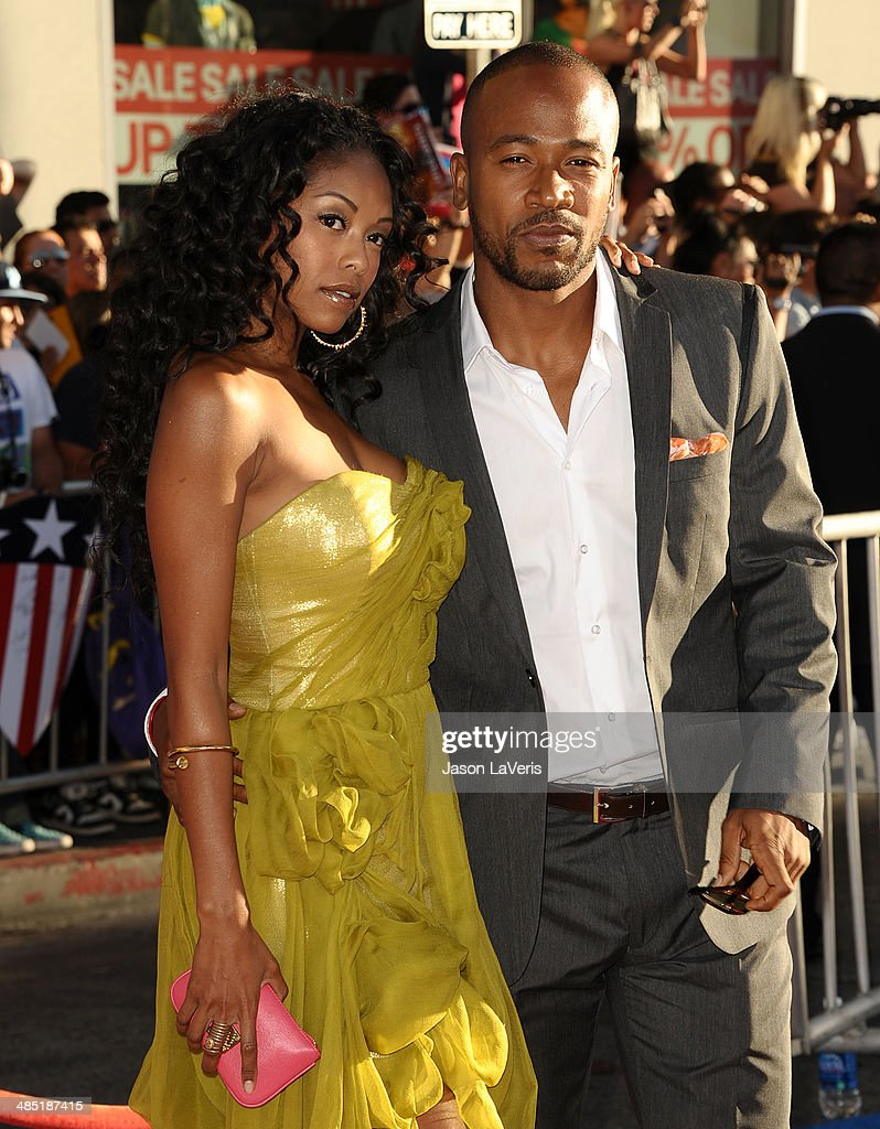 Actor <a gi-track='captionPersonalityLinkClicked' href=/galleries/search?phrase=Columbus+Short&family=editorial&specificpeople=536546 ng-click='$event.stopPropagation()'>Columbus Short</a> (R) and wife Tanee McCall attend the premiere of 'Captain America: The First Avenger' at the El Capitan Theatre on July 19, 2011 in Hollywood, California.
