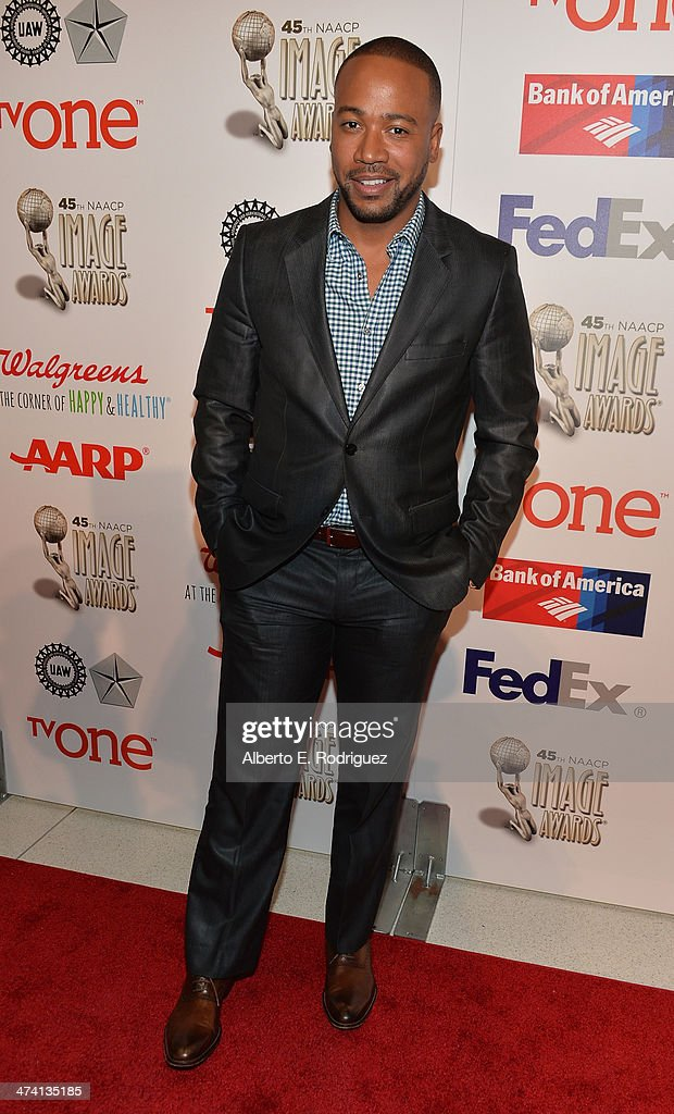 Actor <a gi-track='captionPersonalityLinkClicked' href=/galleries/search?phrase=Columbus+Short&family=editorial&specificpeople=536546 ng-click='$event.stopPropagation()'>Columbus Short</a> attends the 45th NAACP Awards Non-Televised Awards Ceremony at the Pasadena Civic Auditorium on February 21, 2014 in Pasadena, California.