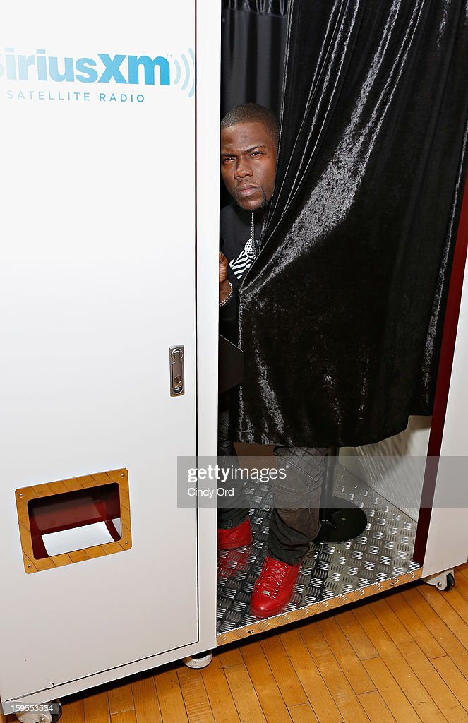 Actor/ comedian <a gi-track='captionPersonalityLinkClicked' href=/galleries/search?phrase=Kevin+Hart+-+Actor&family=editorial&specificpeople=4538838 ng-click='$event.stopPropagation()'>Kevin Hart</a> poses in the SiriusXM photo booth at the SiriusXM Studios on January 15, 2013 in New York City.