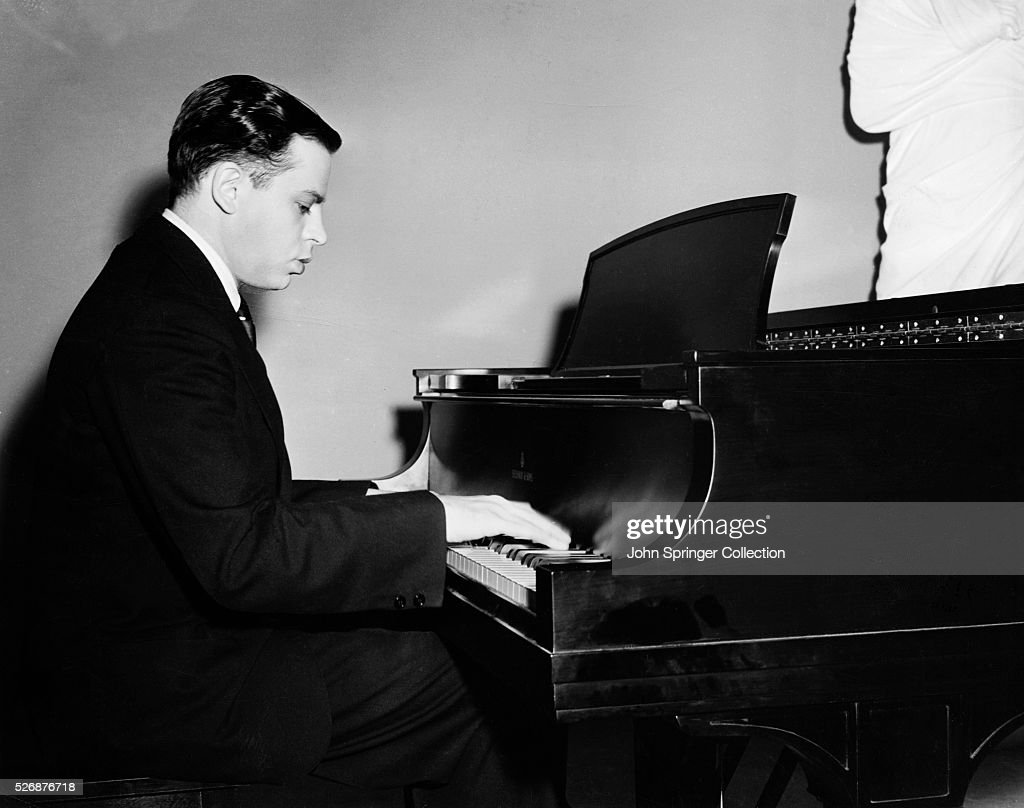 oscar levant mae westoscar levant quotes, oscar levant, oscar levant youtube, оскар левант, oscar levant plays chopin, oscar levant blame it on my youth, oscar levant plays gershwin, oscar levant rhapsody in blue, oscar levant imdb, oscar levant grave, oscar levant compositions, oscar levant songs, oscar levant music, oscar levant frases, oscar levant memoirs of an amnesiac, oscar levant gay, oscar levant piano, oscar levant sabre dance, oscar levant mae west, oscar levant concerto in f