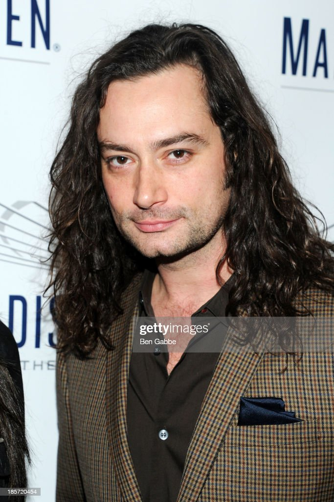 Actor <a gi-track='captionPersonalityLinkClicked' href=/galleries/search?phrase=Constantine+Maroulis&family=editorial&specificpeople=208875 ng-click='$event.stopPropagation()'>Constantine Maroulis</a> attends the Madison Square Garden Transformation Unveiling at Madison Square Garden on October 24, 2013 in New York City.