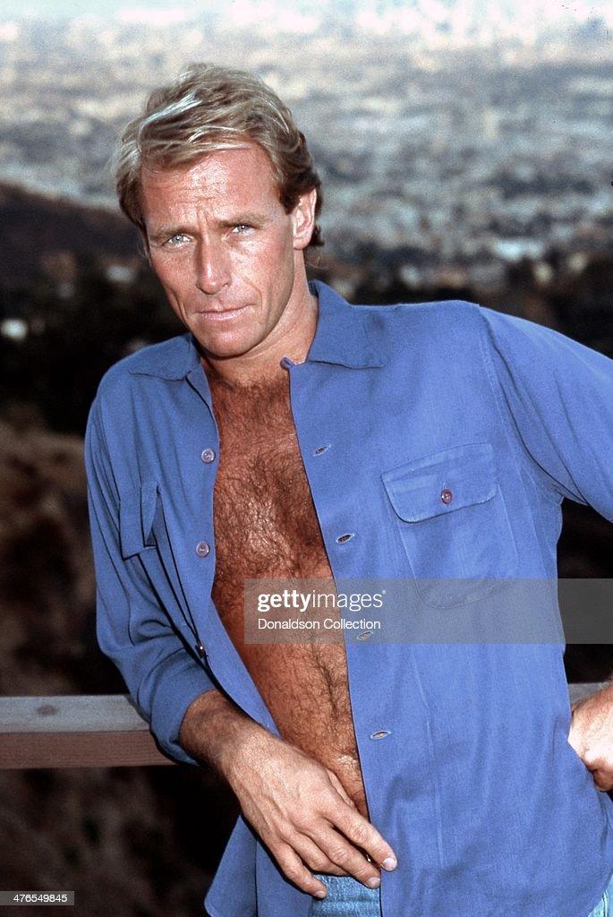 Actor <a gi-track='captionPersonalityLinkClicked' href=/galleries/search?phrase=Corbin+Bernsen&family=editorial&specificpeople=211428 ng-click='$event.stopPropagation()'>Corbin Bernsen</a> poses for a portrait circa 1986 in Los Angeles, California.