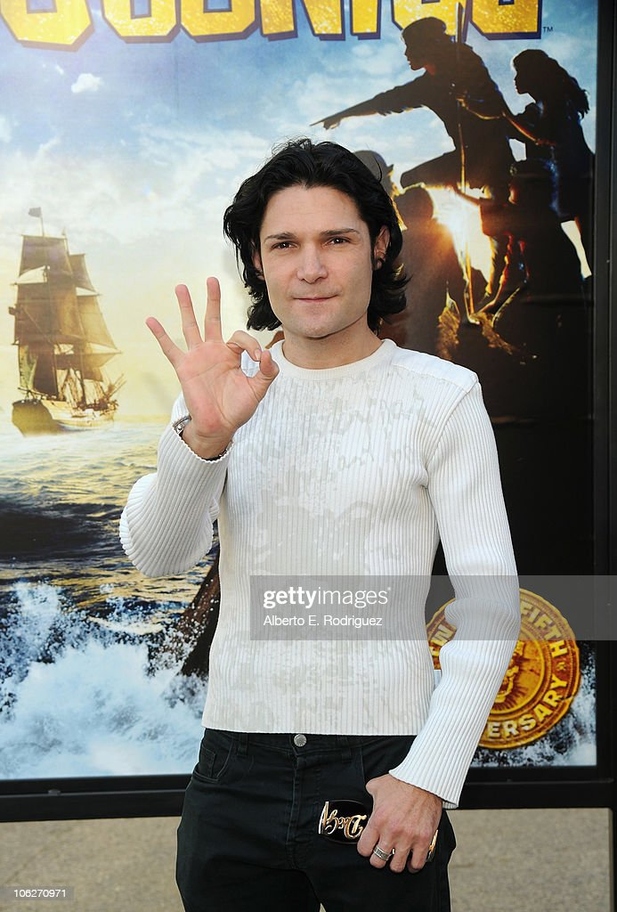 Actor <a gi-track='captionPersonalityLinkClicked' href=/galleries/search?phrase=Corey+Feldman&family=editorial&specificpeople=175941 ng-click='$event.stopPropagation()'>Corey Feldman</a> attends the Warner Bros. 25th Anniversary celebration of 'The Goonies' on October 27, 2010 in Burbank, California.