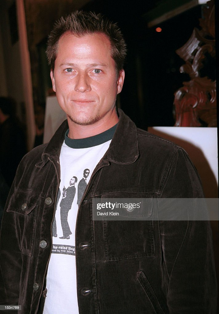 Actor Corin Nemec arrives at the premiere of 'Kiss the Bride' at the Showcase Regent Theatre October 23, 2002 in Los Angeles, California.