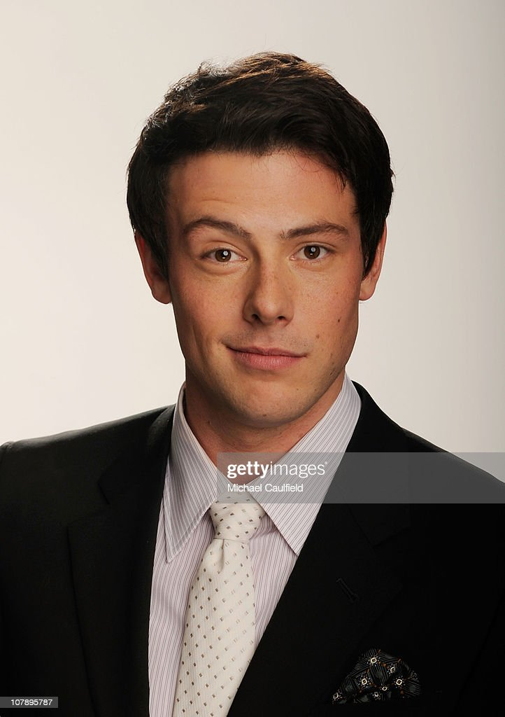 Actor Cory Monteith winner of the Favorite TV Comedy award for 'Glee' poses for a portrait during the 2011 People's Choice Awards at Nokia Theatre LA...
