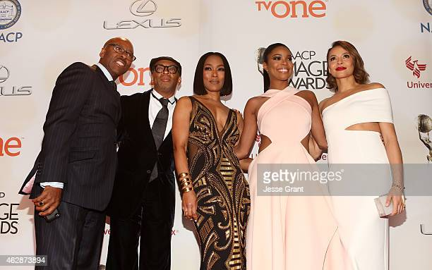 Actor Courtney B Vance honoree Spike Lee actress/director Angela Bassett actresses Gabrielle Union and Carmen Ejogo attend the 46th NAACP Image...
