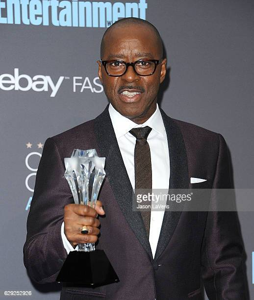 Actor Courtney B Vance poses in the press room at the 22nd annual Critics' Choice Awards at Barker Hangar on December 11 2016 in Santa Monica...