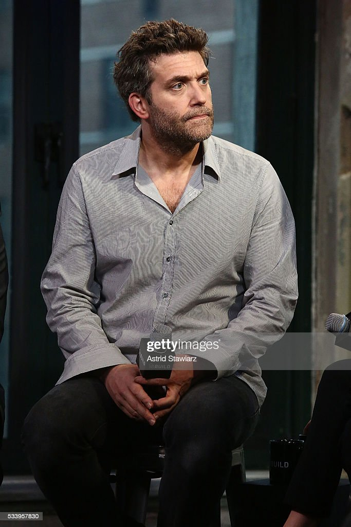 Actor <a gi-track='captionPersonalityLinkClicked' href=/galleries/search?phrase=Craig+Bierko&family=editorial&specificpeople=216357 ng-click='$event.stopPropagation()'>Craig Bierko</a> attends AOL Build Presents: The Cast Of 'UnREAL' at AOL Studios In New York on May 24, 2016 in New York City.