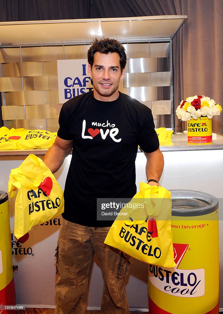 Actor <a gi-track='captionPersonalityLinkClicked' href=/galleries/search?phrase=Cristian+de+la+Fuente&family=editorial&specificpeople=751000 ng-click='$event.stopPropagation()'>Cristian de la Fuente</a> attends the 12th Annual Latin GRAMMY Awards Gift Lounge Day 1 held at the Mandalay Bay Events Center on November 8, 2011 in Las Vegas, Nevada.
