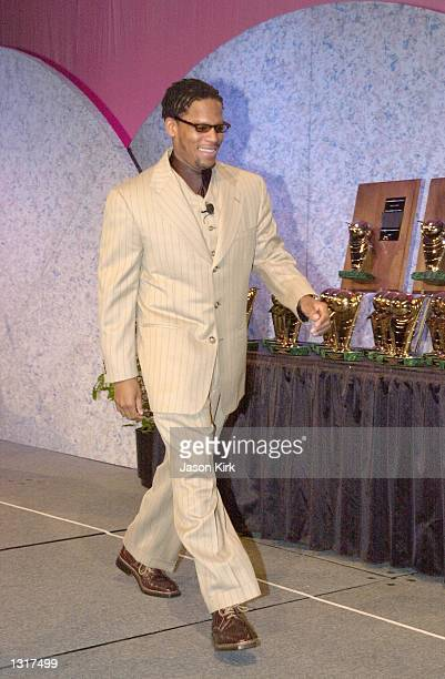 Actor D L Hughley hosts the 41st International Broadcasting Awards Sweepstakes Luncheon being held at the NAPTE convention January 22 2001 in...