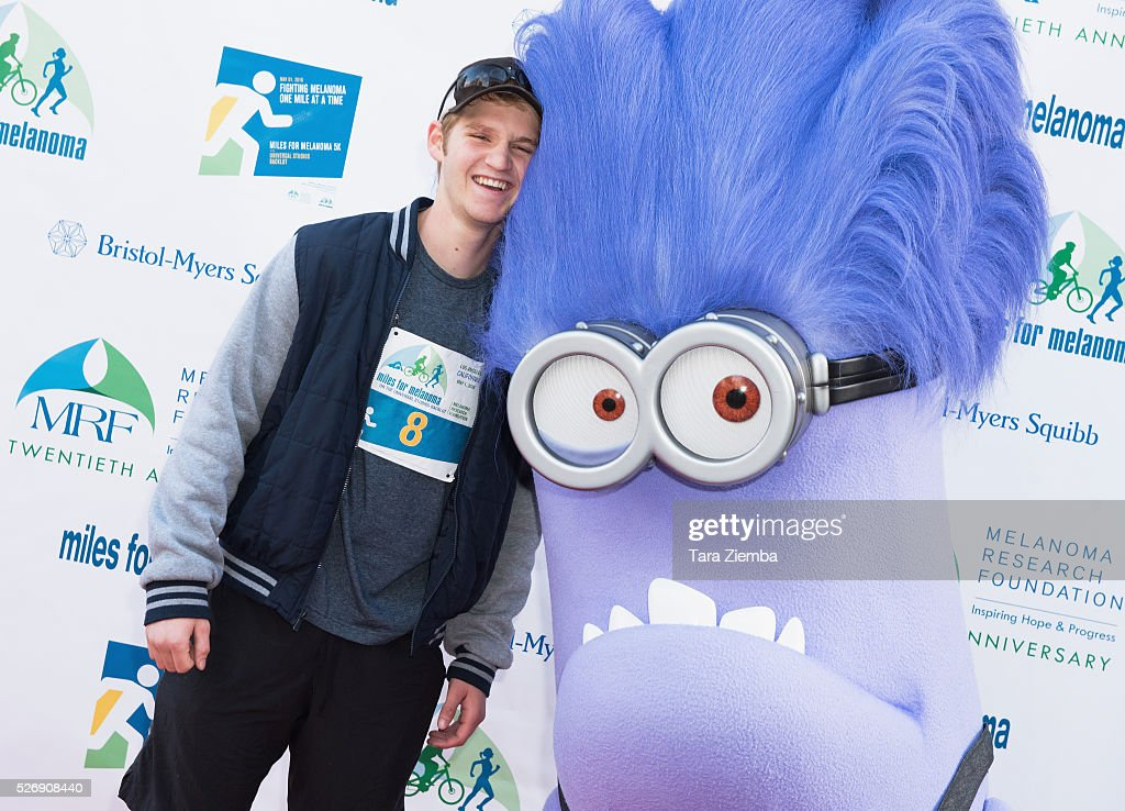 Actor Dalton Grey attends the Melanoma Research Foundation's Miles for Melanoma 5k Run/Walk at Universal Studios Backlot on May 1, 2016 in Universal City, California.