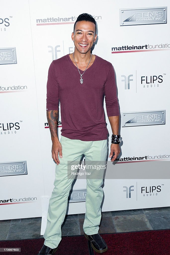 Actor Damian Perkins arrives at the Matt Leinart Foundation's 7th Annual 'Celebrity Bowl' at Lucky Strikes on July 18, 2013 in Hollywood, California.