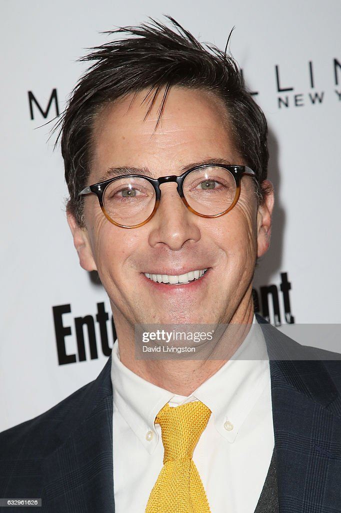 Actor Dan Bucatinsky arrives at the Entertainment Weekly celebration honoring nominees for The Screen Actors Guild Awards at the Chateau Marmont on January 28, 2017 in Los Angeles, California.