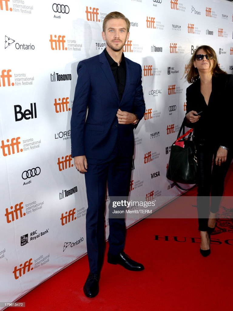 Actor <a gi-track='captionPersonalityLinkClicked' href=/galleries/search?phrase=Dan+Stevens&family=editorial&specificpeople=678756 ng-click='$event.stopPropagation()'>Dan Stevens</a> arrives at 'The Fifth Estate' premiere during the 2013 Toronto International Film Festival on September 5, 2013 in Toronto, Canada.