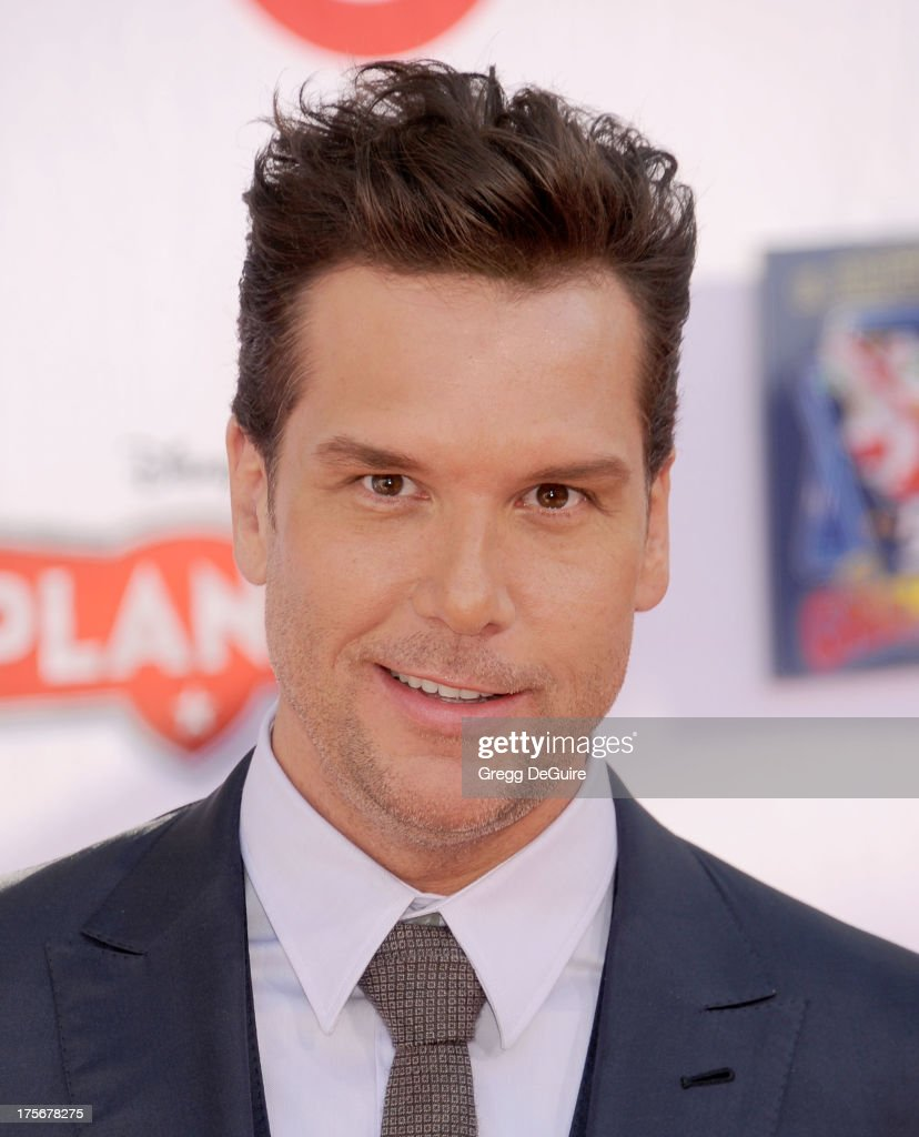 Actor <a gi-track='captionPersonalityLinkClicked' href=/galleries/search?phrase=Dane+Cook&family=editorial&specificpeople=224026 ng-click='$event.stopPropagation()'>Dane Cook</a> arrives at the Los Angeles premiere of 'Planes' at the El Capitan Theatre on August 5, 2013 in Hollywood, California.