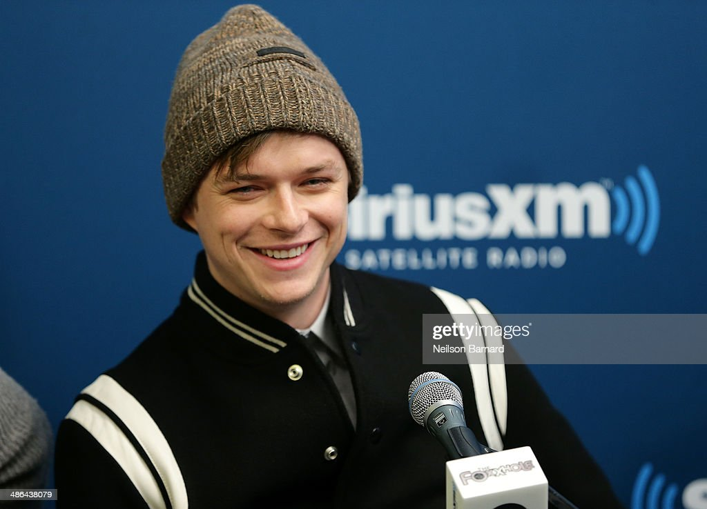 Actor Dane DeHaan of the cast of 'The Amazing SpiderMan 2' answers questions from fans during a SiriusXM 'Town Hall' special with host Jamie Foxx on...