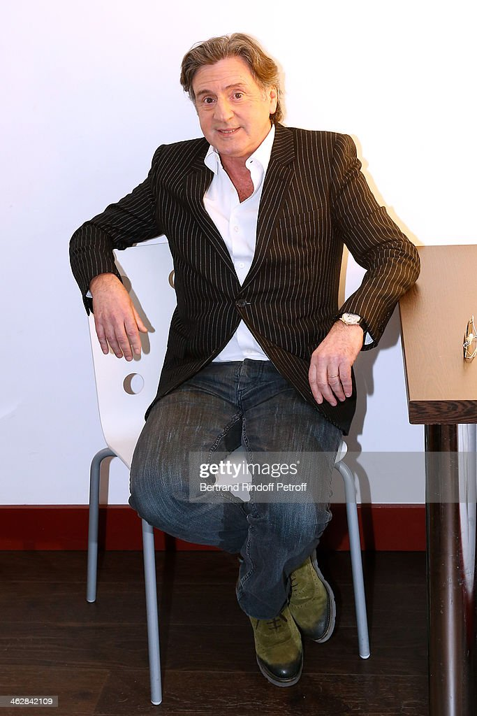 Actor <a gi-track='captionPersonalityLinkClicked' href=/galleries/search?phrase=Daniel+Auteuil&family=editorial&specificpeople=239190 ng-click='$event.stopPropagation()'>Daniel Auteuil</a> attends 'Vivement Dimanche' French TV Show. Held at Pavillon Gabriel on January 15, 2014 in Paris, France.