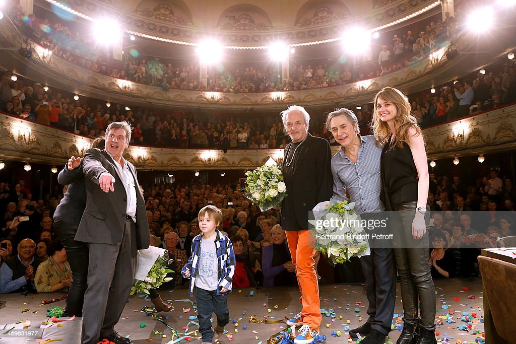 Actor <a gi-track='captionPersonalityLinkClicked' href=/galleries/search?phrase=Daniel+Auteuil&family=editorial&specificpeople=239190 ng-click='$event.stopPropagation()'>Daniel Auteuil</a> with his wife Aude Auteuil and their son, actor Didier Flamand, actor Richard Berry with his wife Pascale Louange at the end of the last theater play of 'Nos Femmes' at 'Theatre de Paris' on February 16, 2014 in Paris, France. With 150 performances for 160000 spectators, this drama made a 'complete gauge' and has been the triumph of 2013.