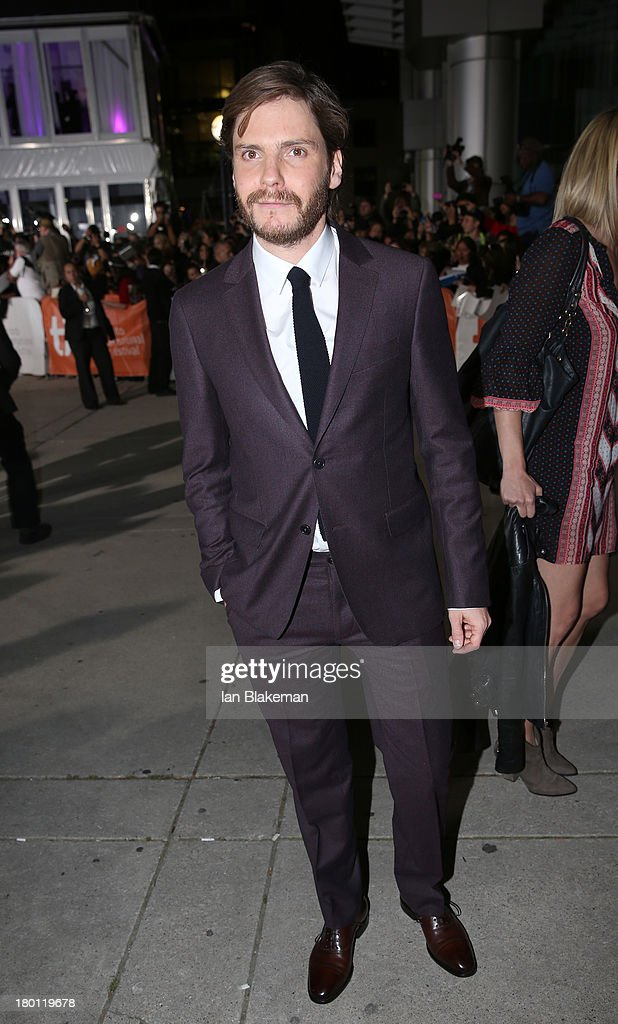 Actor <a gi-track='captionPersonalityLinkClicked' href=/galleries/search?phrase=Daniel+Br%C3%BChl&family=editorial&specificpeople=240493 ng-click='$event.stopPropagation()'>Daniel Brühl</a> attends the 'Rush' premiere during the 2013 Toronto International Film Festival at Roy Thomson Hall on September 8, 2013 in Toronto, Canada.