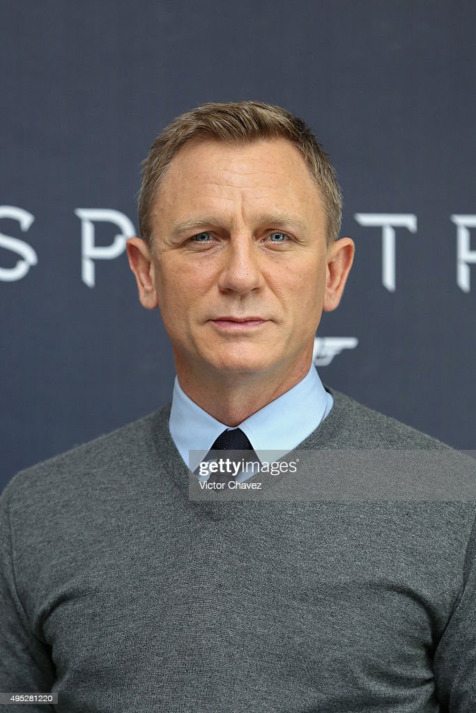 Actor <a gi-track='captionPersonalityLinkClicked' href=/galleries/search?phrase=Daniel+Craig+-+Actor&family=editorial&specificpeople=12323550 ng-click='$event.stopPropagation()'>Daniel Craig</a> attends a photo call to promote the new film 'Spectre' on November 1, 2015 in Mexico City, Mexico.