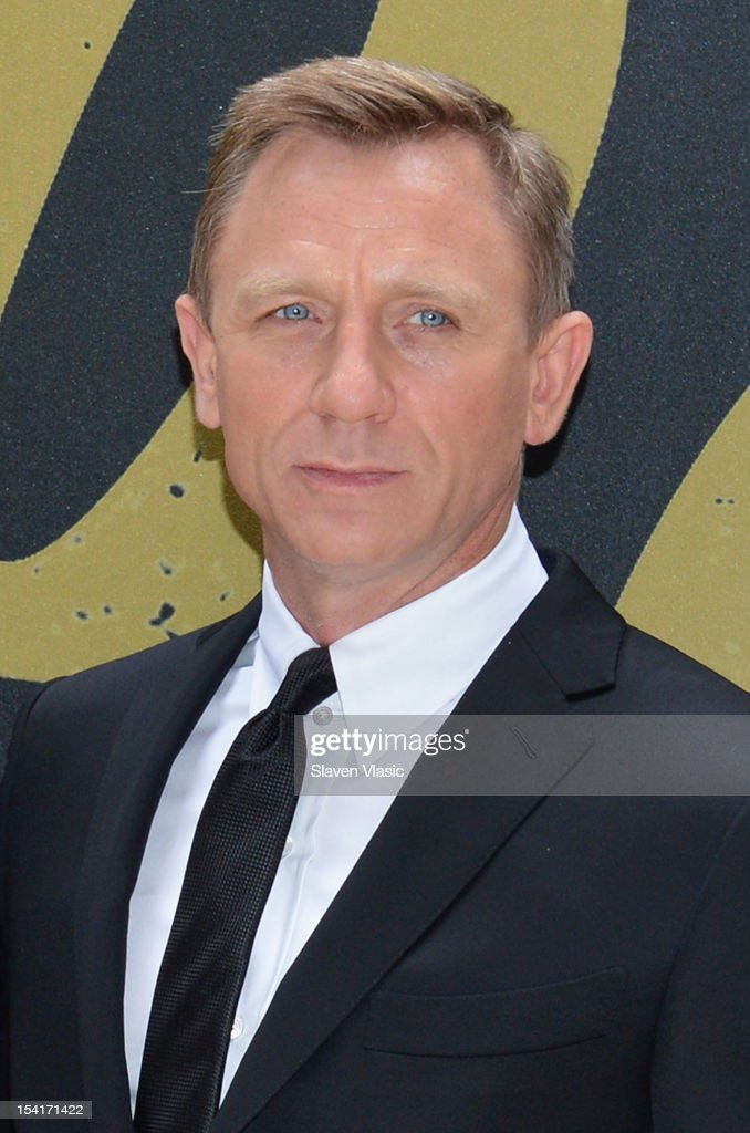 Actor Daniel Craig attends 'Skyfall' Cast Photo Call at Crosby Street Hotel on October 15, 2012 in New York City.