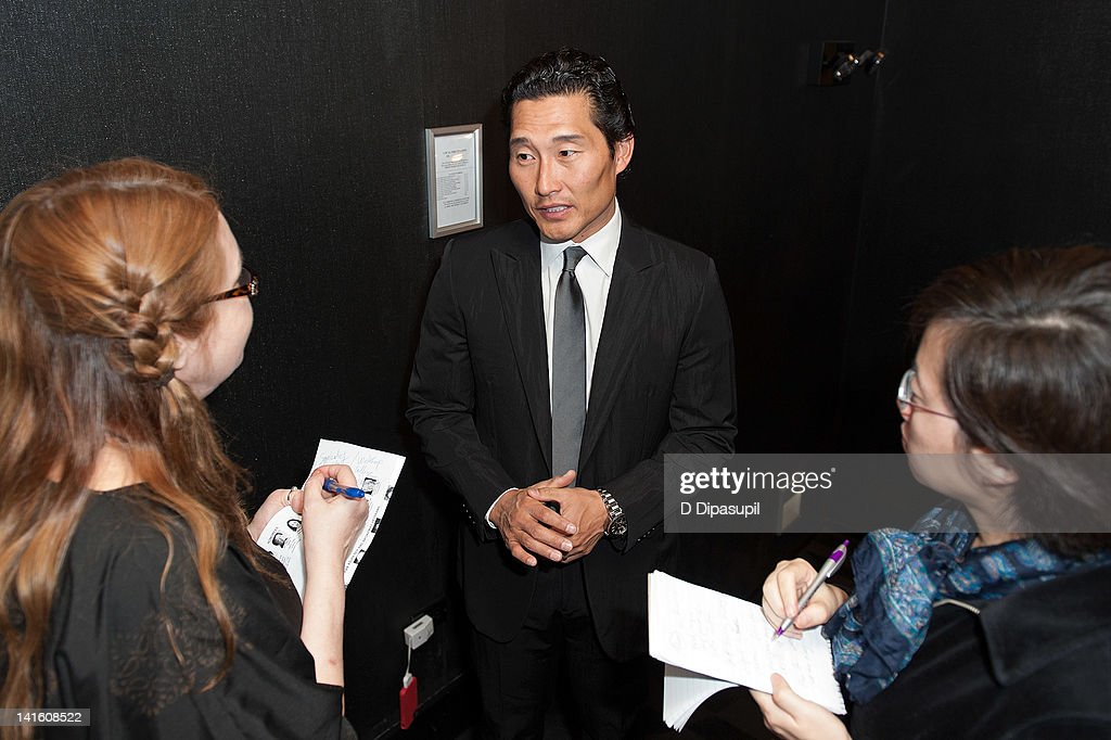 Actor <a gi-track='captionPersonalityLinkClicked' href=/galleries/search?phrase=Daniel+Dae+Kim&family=editorial&specificpeople=581168 ng-click='$event.stopPropagation()'>Daniel Dae Kim</a> (C) attends 'Legacy And Homecoming' the Pan Asian Repertory's 35th Anniversary Gala at The Edison Ballroom on March 19, 2012 in New York City.