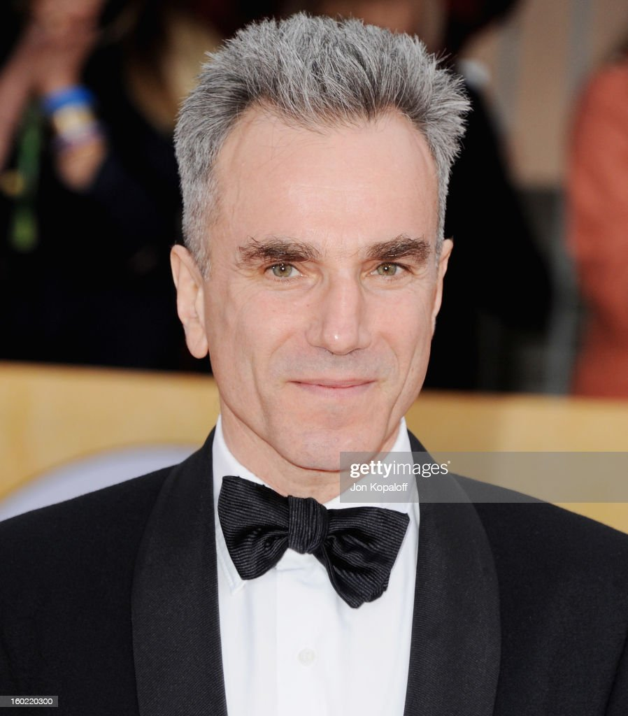 Actor Daniel Day-Lewis arrives at the 19th Annual Screen Actors Guild Awards at The Shrine Auditorium on January 27, 2013 in Los Angeles, California.