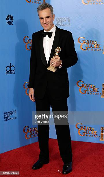 Actor Daniel DayLewis poses in the press room at the 70th Annual Golden Globe Awards held at The Beverly Hilton Hotel on January 13 2013 in Beverly...